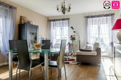 Appartement St Pierre du Perray &bull; <span class='offer-area-number'>75</span> m² environ &bull; <span class='offer-rooms-number'>4</span> pièces