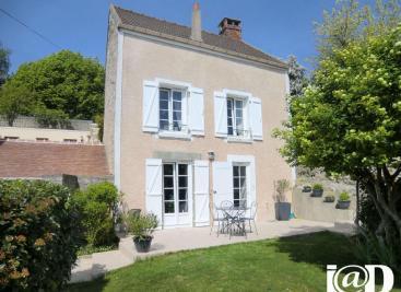 Maison Auvers sur Oise &bull; <span class='offer-area-number'>100</span> m² environ &bull; <span class='offer-rooms-number'>5</span> pièces
