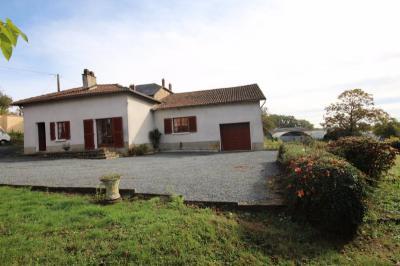 Maison Sereilhac &bull; <span class='offer-area-number'>100</span> m² environ &bull; <span class='offer-rooms-number'>4</span> pièces