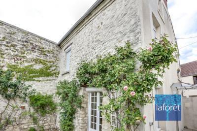 Maison Les Mureaux &bull; <span class='offer-area-number'>75</span> m² environ &bull; <span class='offer-rooms-number'>3</span> pièces