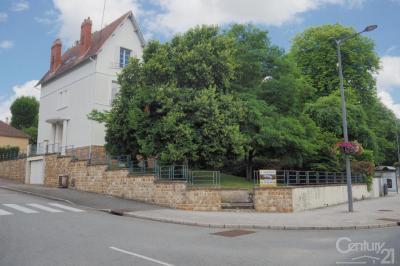 Maison Neris les Bains &bull; <span class='offer-area-number'>200</span> m² environ &bull; <span class='offer-rooms-number'>12</span> pièces