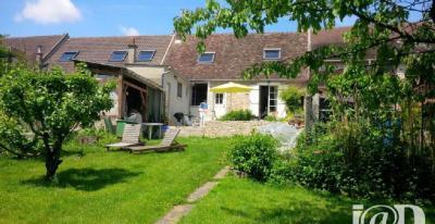 Maison Le Chatelet en Brie &bull; <span class='offer-area-number'>118</span> m² environ &bull; <span class='offer-rooms-number'>4</span> pièces