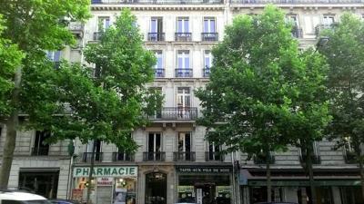 Bureau Paris 08 &bull; <span class='offer-area-number'>142</span> m² environ