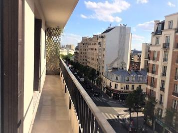 Appartement Paris 10 &bull; <span class='offer-area-number'>47</span> m² environ &bull; <span class='offer-rooms-number'>2</span> pièces