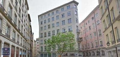 Appartement Lyon 01 &bull; <span class='offer-area-number'>55</span> m² environ &bull; <span class='offer-rooms-number'>2</span> pièces