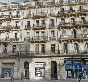 Appartement Toulon &bull; <span class='offer-area-number'>157</span> m² environ &bull; <span class='offer-rooms-number'>13</span> pièces