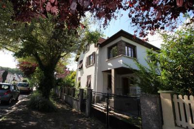 Maison Eschau &bull; <span class='offer-area-number'>180</span> m² environ &bull; <span class='offer-rooms-number'>8</span> pièces