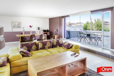 Maison Grau d Agde &bull; <span class='offer-area-number'>170</span> m² environ &bull; <span class='offer-rooms-number'>6</span> pièces