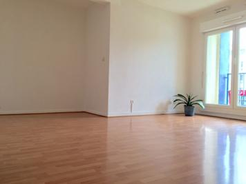 Appartement Noisy le Grand &bull; <span class='offer-area-number'>62</span> m² environ &bull; <span class='offer-rooms-number'>3</span> pièces