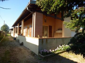 Maison Lherm &bull; <span class='offer-area-number'>180</span> m² environ &bull; <span class='offer-rooms-number'>5</span> pièces