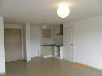 Appartement Le Luc &bull; <span class='offer-area-number'>40</span> m² environ &bull; <span class='offer-rooms-number'>2</span> pièces