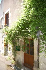 Maison Sancerre &bull; <span class='offer-area-number'>67</span> m² environ &bull; <span class='offer-rooms-number'>3</span> pièces