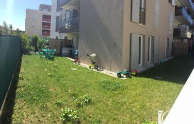 Appartement Fleury Merogis &bull; <span class='offer-area-number'>61</span> m² environ &bull; <span class='offer-rooms-number'>3</span> pièces