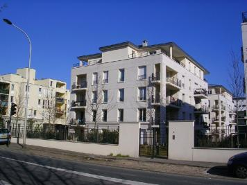 Appartement St Cyr l Ecole &bull; <span class='offer-area-number'>50</span> m² environ &bull; <span class='offer-rooms-number'>2</span> pièces