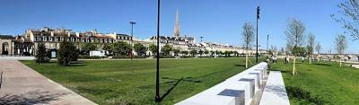 Appartement Bordeaux &bull; <span class='offer-area-number'>97</span> m² environ &bull; <span class='offer-rooms-number'>4</span> pièces