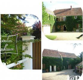 Maison Civray sur Esves &bull; <span class='offer-area-number'>361</span> m² environ &bull; <span class='offer-rooms-number'>10</span> pièces