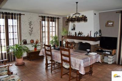 Maison St Sauveur &bull; <span class='offer-area-number'>105</span> m² environ &bull; <span class='offer-rooms-number'>4</span> pièces