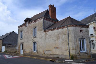 Maison Champ sur Layon &bull; <span class='offer-area-number'>80</span> m² environ &bull; <span class='offer-rooms-number'>3</span> pièces
