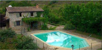Maison Vinezac &bull; <span class='offer-area-number'>82</span> m² environ &bull; <span class='offer-rooms-number'>4</span> pièces
