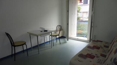 Appartement Rodez &bull; <span class='offer-area-number'>19</span> m² environ &bull; <span class='offer-rooms-number'>1</span> pièce