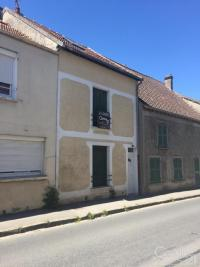 Maison Brie Comte Robert &bull; <span class='offer-area-number'>90</span> m² environ &bull; <span class='offer-rooms-number'>4</span> pièces