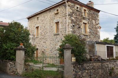 Maison St Babel &bull; <span class='offer-area-number'>97</span> m² environ &bull; <span class='offer-rooms-number'>6</span> pièces
