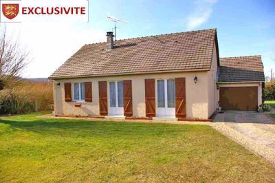 Maison La Croix St Leufroy &bull; <span class='offer-area-number'>82</span> m² environ &bull; <span class='offer-rooms-number'>4</span> pièces