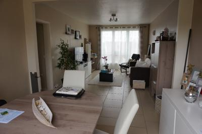 Appartement Triel sur Seine &bull; <span class='offer-area-number'>63</span> m² environ &bull; <span class='offer-rooms-number'>4</span> pièces