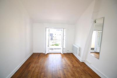 Appartement Clamart &bull; <span class='offer-area-number'>16</span> m² environ &bull; <span class='offer-rooms-number'>1</span> pièce