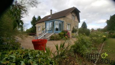 Maison Heudebouville &bull; <span class='offer-area-number'>150</span> m² environ &bull; <span class='offer-rooms-number'>6</span> pièces