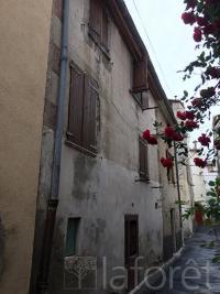 Maison Ille sur Tet &bull; <span class='offer-area-number'>74</span> m² environ &bull; <span class='offer-rooms-number'>4</span> pièces