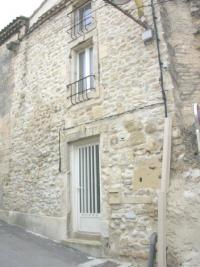 Maison Jonquieres St Vincent &bull; <span class='offer-area-number'>38</span> m² environ &bull; <span class='offer-rooms-number'>3</span> pièces