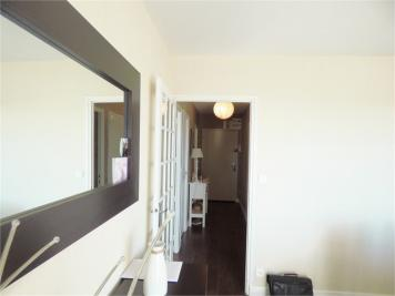 Appartement Aurillac &bull; <span class='offer-area-number'>74</span> m² environ &bull; <span class='offer-rooms-number'>5</span> pièces