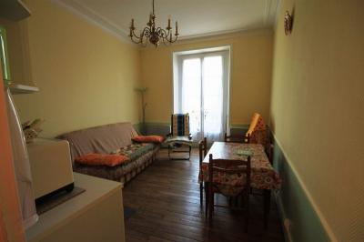 Appartement La Bourboule &bull; <span class='offer-area-number'>50</span> m² environ &bull; <span class='offer-rooms-number'>2</span> pièces
