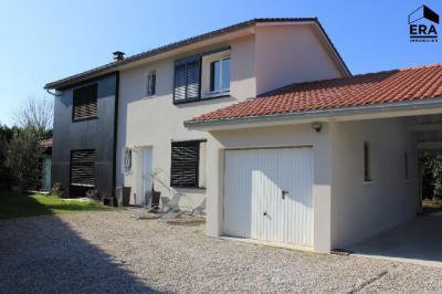 Maison Civrieux d Azergues &bull; <span class='offer-area-number'>160</span> m² environ &bull; <span class='offer-rooms-number'>6</span> pièces