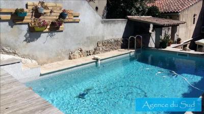 Maison Roquevaire &bull; <span class='offer-area-number'>130</span> m² environ &bull; <span class='offer-rooms-number'>5</span> pièces