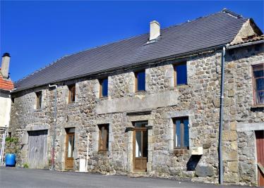 Maison Mezilhac &bull; <span class='offer-area-number'>75</span> m² environ &bull; <span class='offer-rooms-number'>4</span> pièces