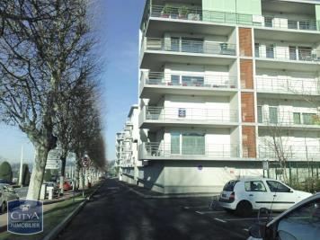 Appartement St Priest en Jarez &bull; <span class='offer-area-number'>25</span> m² environ &bull; <span class='offer-rooms-number'>1</span> pièce
