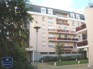 Appartement Chartres &bull; <span class='offer-area-number'>19</span> m² environ &bull; <span class='offer-rooms-number'>1</span> pièce