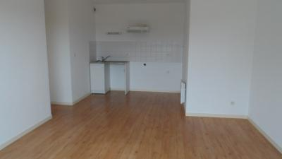 Appartement Gujan Mestras &bull; <span class='offer-area-number'>38</span> m² environ &bull; <span class='offer-rooms-number'>2</span> pièces
