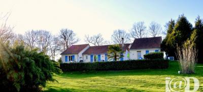 Maison St Hilaire Bonneval &bull; <span class='offer-area-number'>166</span> m² environ &bull; <span class='offer-rooms-number'>6</span> pièces