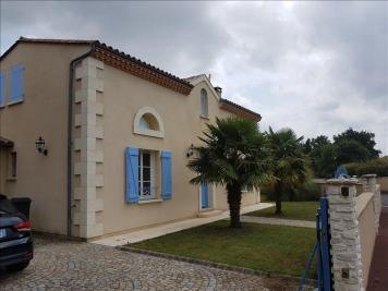 Maison Parempuyre &bull; <span class='offer-area-number'>146</span> m² environ &bull; <span class='offer-rooms-number'>7</span> pièces