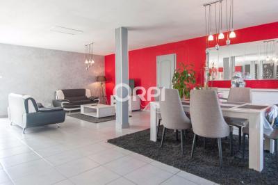 Maison Calonne sur la Lys &bull; <span class='offer-area-number'>170</span> m² environ &bull; <span class='offer-rooms-number'>5</span> pièces