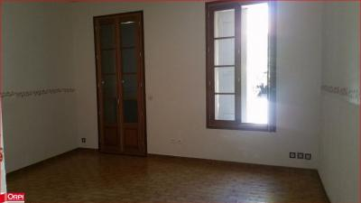 Appartement Oraison &bull; <span class='offer-area-number'>90</span> m² environ &bull; <span class='offer-rooms-number'>3</span> pièces