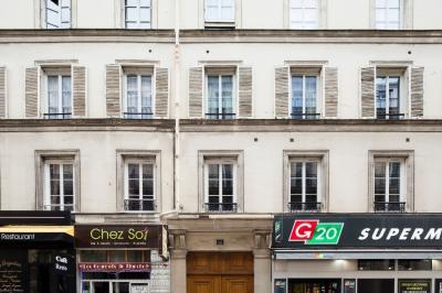 Appartement Paris 09 &bull; <span class='offer-area-number'>14</span> m² environ &bull; <span class='offer-rooms-number'>1</span> pièce
