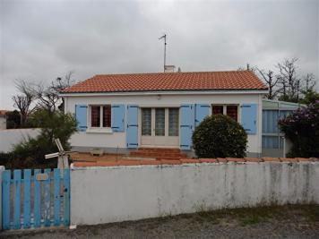 Maison La Barre de Monts &bull; <span class='offer-area-number'>74</span> m² environ &bull; <span class='offer-rooms-number'>4</span> pièces