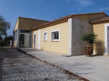 Maison Montpezat &bull; <span class='offer-area-number'>166</span> m² environ &bull; <span class='offer-rooms-number'>6</span> pièces