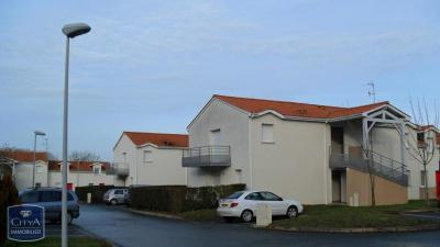 Appartement Chantonnay &bull; <span class='offer-area-number'>47</span> m² environ &bull; <span class='offer-rooms-number'>2</span> pièces