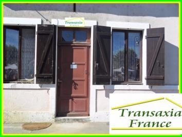 Maison Dun sur Auron &bull; <span class='offer-area-number'>85</span> m² environ &bull; <span class='offer-rooms-number'>4</span> pièces