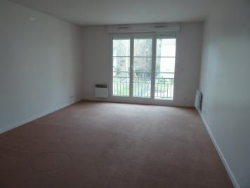 Appartement Crosne &bull; <span class='offer-area-number'>65</span> m² environ &bull; <span class='offer-rooms-number'>3</span> pièces